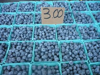 Market.blueberries