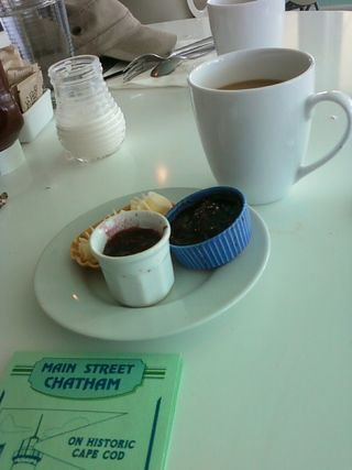 Hangar B jams coffee