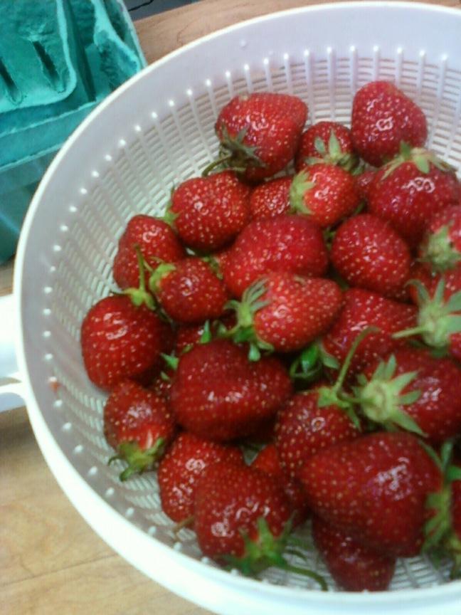 Strawberries drying colander