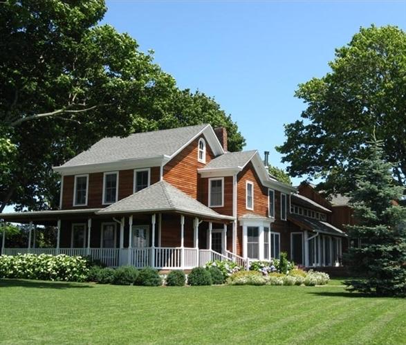 Shinn-Estate-Farmhouse-in-Mattituck-New-York-11952