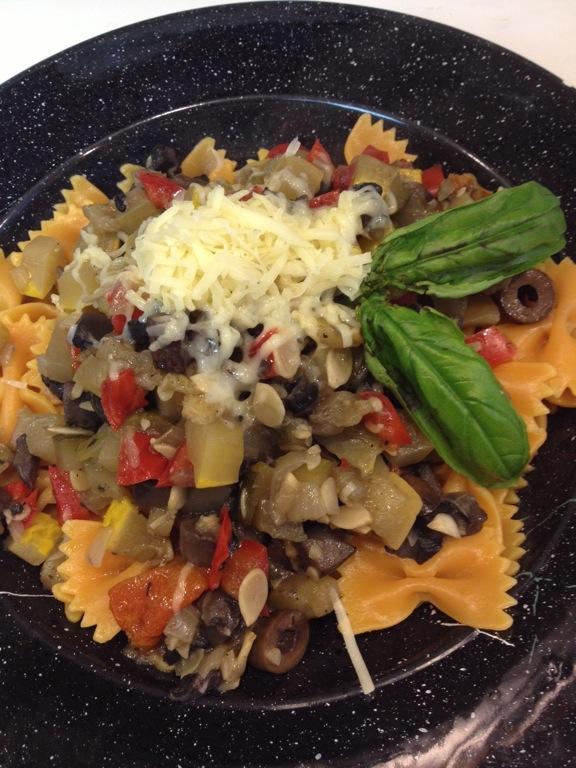 Zucchini melange pasta