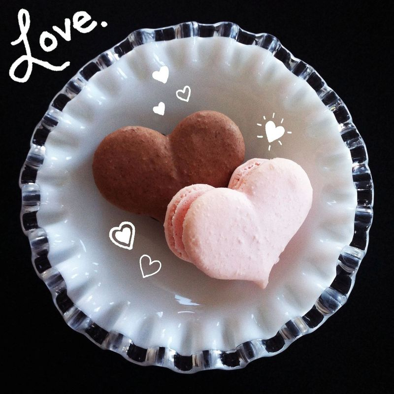 Macarons hearts the sweet praxis