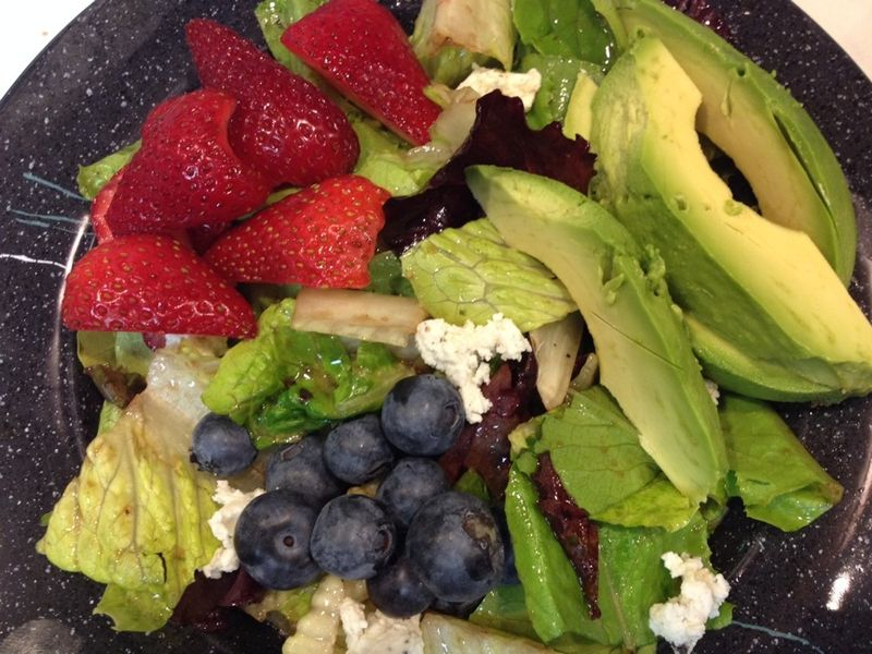 Berry Salad Copycat at home alto cinco