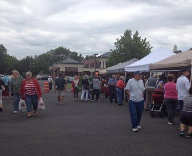 Fayetteville farmers market scene 1