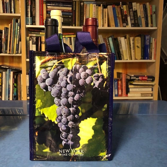 Reusable bag for wine
