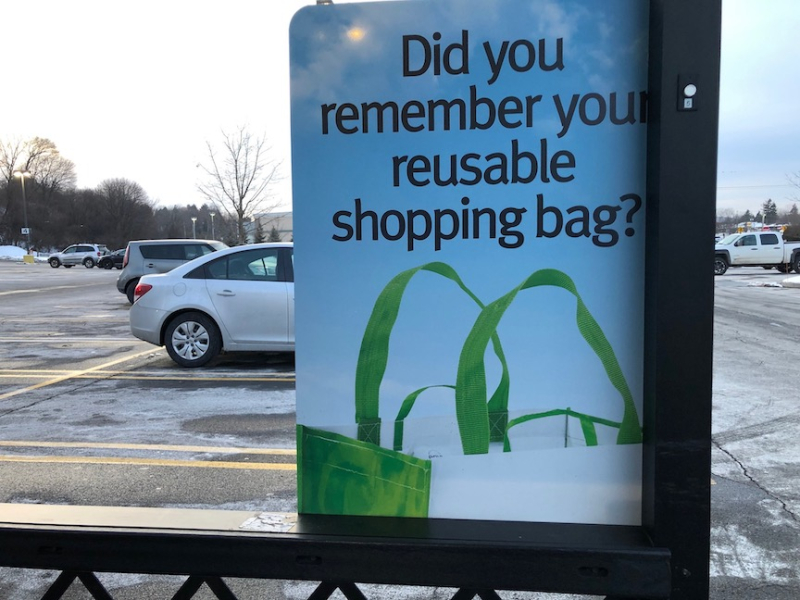 Reusable bag sign Wegmans